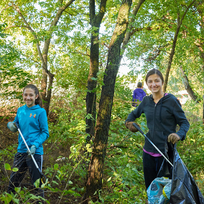 Volunteers on the Smoky Hill River